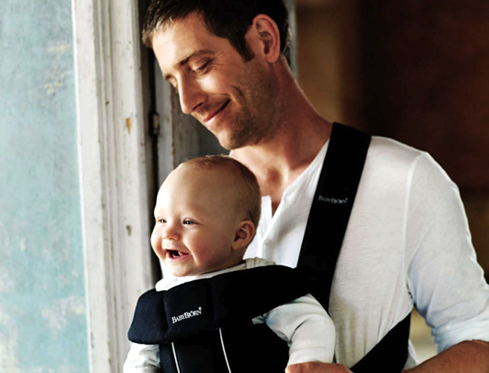 BABY-BJORN-CARRIER-MAN-BABY